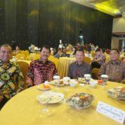 Sekda, Ketua DPRD, Sekretaris DPRD Langkat dan Dirut PT. Bank Sumut Cabang Stabat duduk bersama diacara gathering